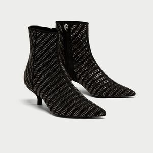 NWT Zara Size 6 Shimerry Ankle Boots